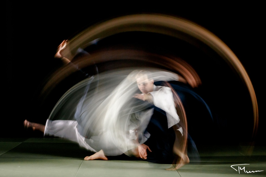sportowa sesja fotograficzna - aikido, slow motion
